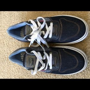 Brand New Levi's shoes